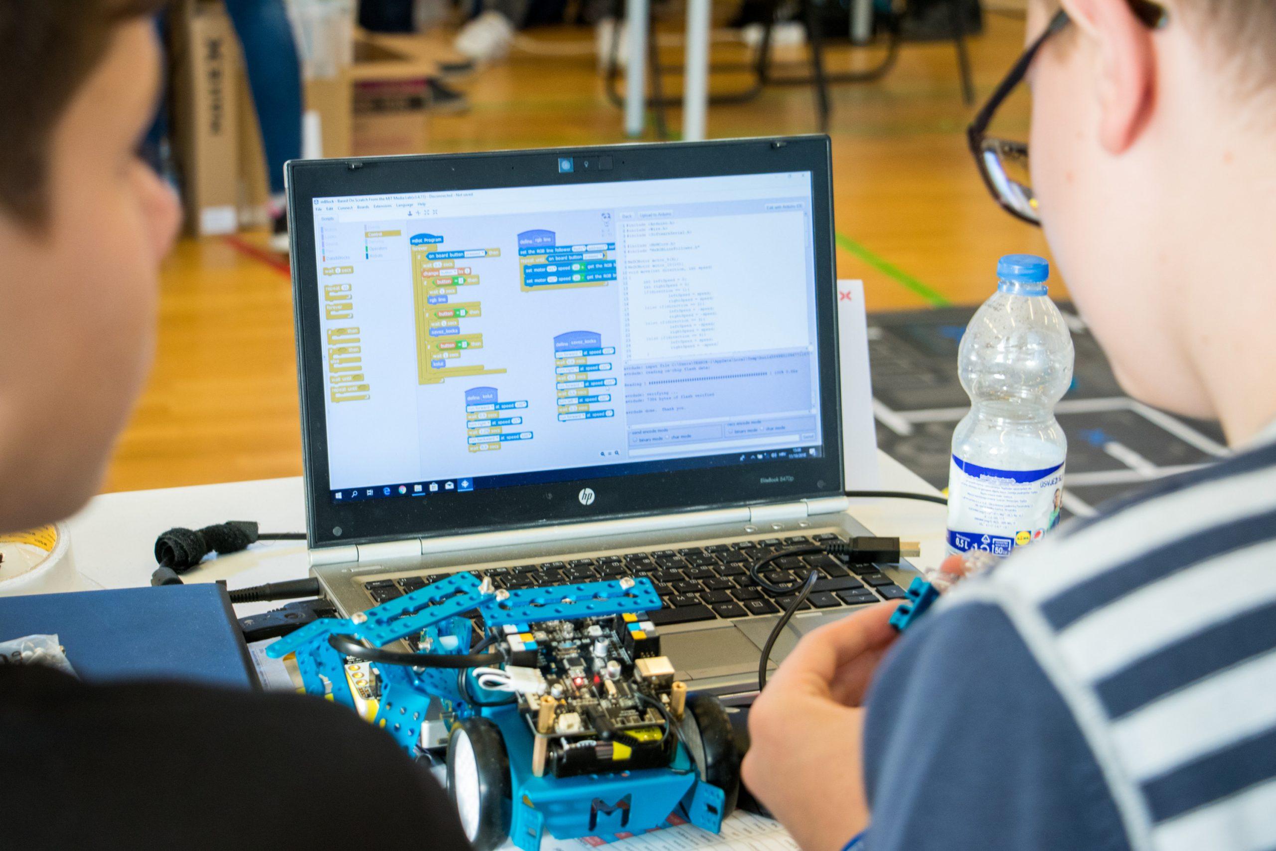 Mali robotičari na svjetskom natjecanju iz robotike u Kini